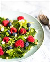 Berry-Spinach Breakfast Salad with Bacon
