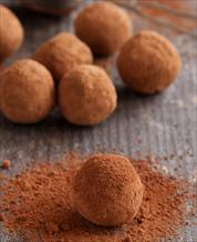 Dessert: Keto Chocolate Avocado Truffles