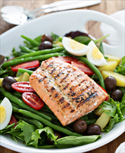 Salmon Niçoise Salad and Creamy Raw Avocado Soup
