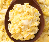 Scrambled Eggs with Pears and Walnuts