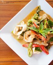 Seafood Curry, Cauliflower Rice & Stir Fry