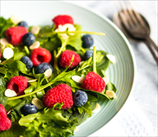 Spinach & Berry Breakfast Salad